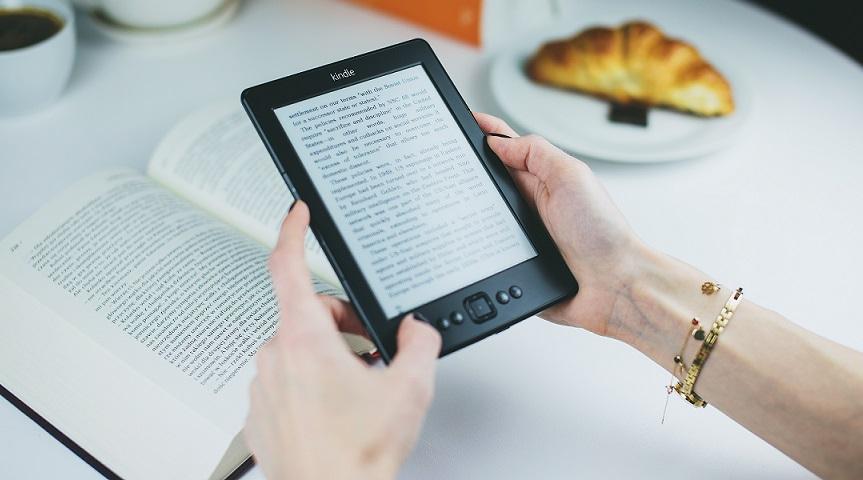 Książka elektroniczna czy papierowa?